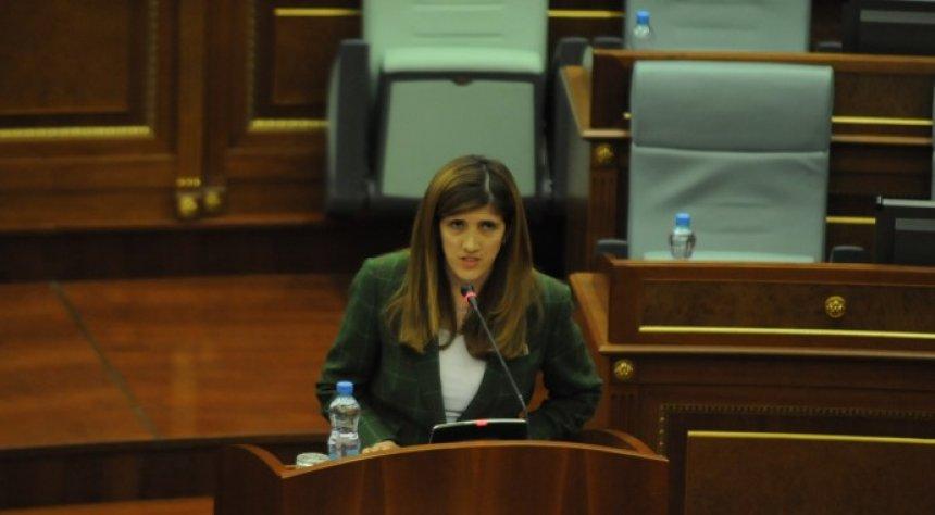 Ganimete Musliu s'ka koment për dorëheqjen e Adem Grabovcit