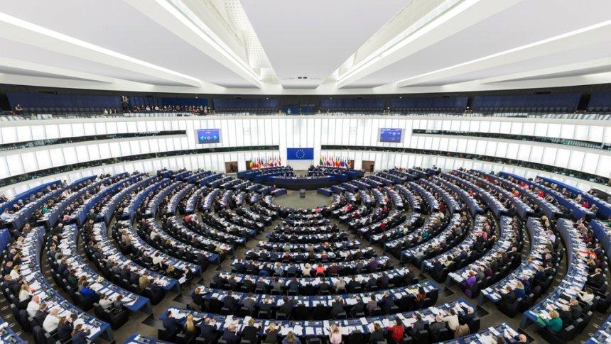 PE i kërkon Kosovës zbatim të marrëveshjeve të Brukselit
