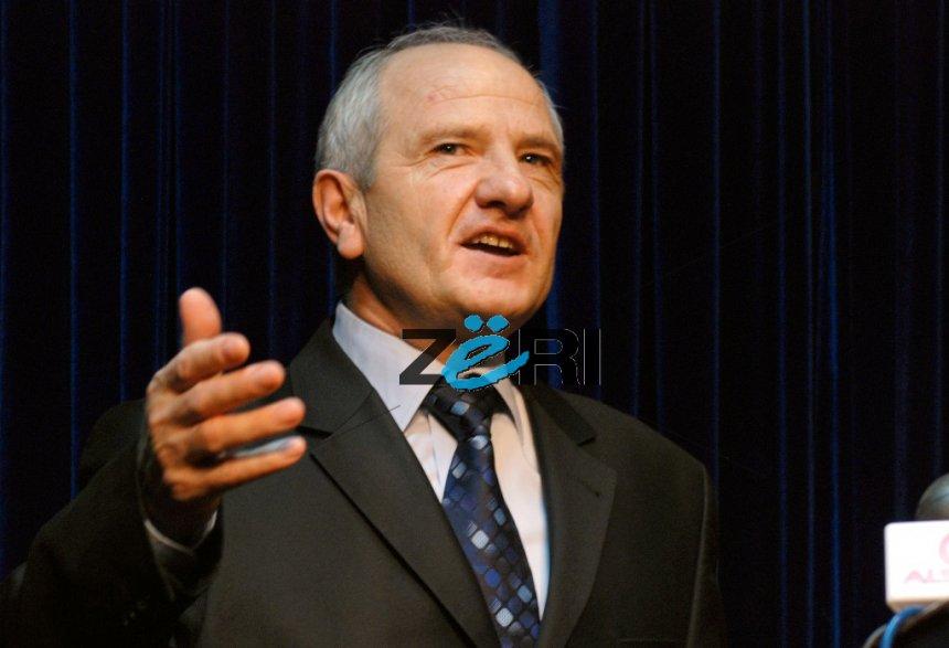 Fatmir Sejdiu  Rugova foli për tokën e Kosovës maje Çakorrit