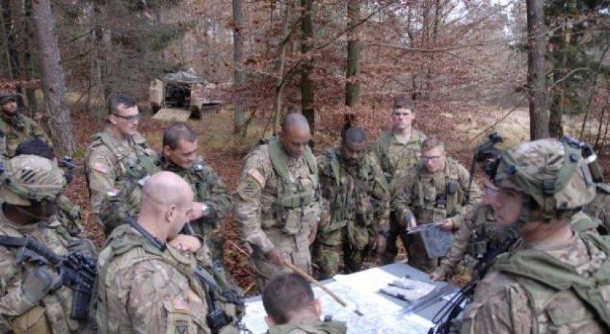 Ushtria amerikane arrin në Kosovë
