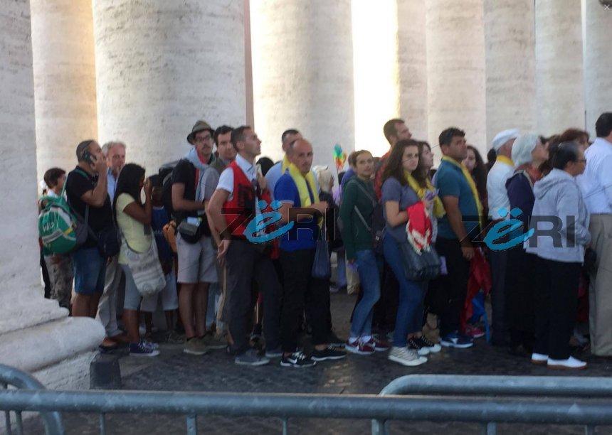 Shenjtërimin e Nënë Terezës po e përcjellin 600 gazetarë