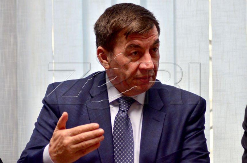 Arsim Bajrami me 200 mijë euro cash në bankë, nuk e paguan tatimin në pronë! (Dokument)