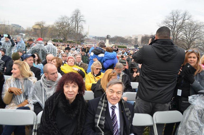 Reportazh  Inaugurimi  shëmbëlltyra e demokracisë amerikane