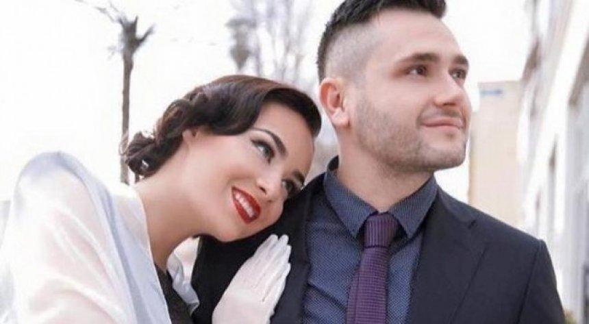 Bes Kallaku ndryshon fe për t'u martuar me Xhensilën - Lajmet e fundit -  Zëri
