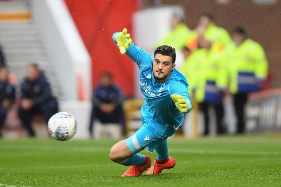 Trajneri i Nottinghamit sqaron situatën e portierit Arjanet Muriqi