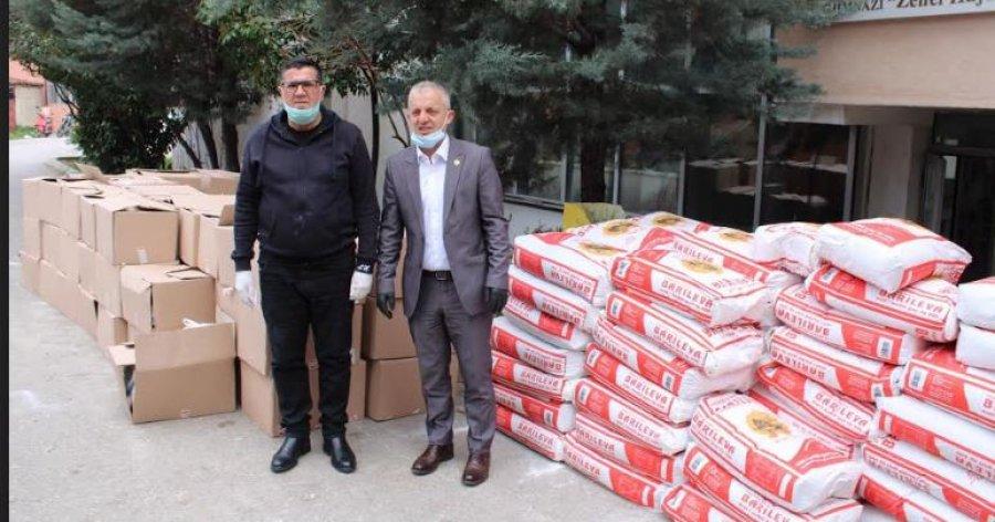 Jetimat e Ballkanit ndihmojnë Gjilanin me 100 pako ushqimore