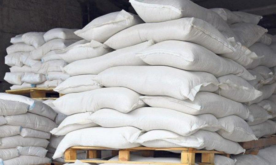 Ministrja Hajdari merr vendim për heqjen e përkohshme të tarifës prej 4 cent për importin e miellit nga Serbia