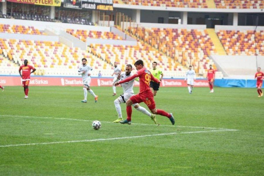 Jetmir Topalli luan titullar në fitoren e rëndësishme të Yeni Malatyasporit